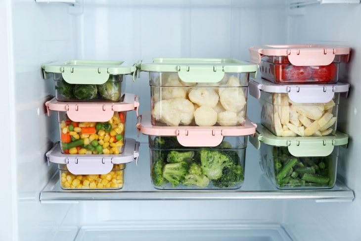 Organized Fridge veggies in food containers