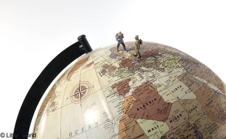 Miniature People, Backpack Travelers