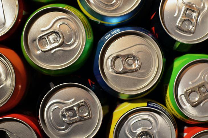 Bad Drinking Habits For Seniors soda cans