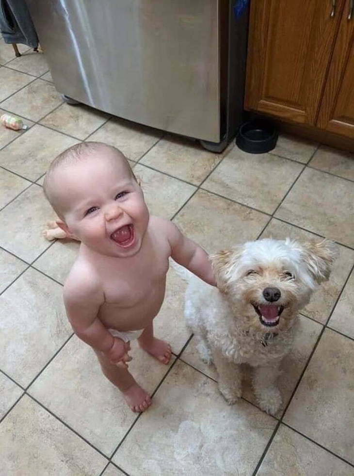 Adorable Friendships Between Kids & Their Dogs, happy baby and dog