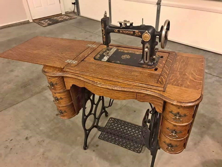 Antique Household Items foldable sewing machine