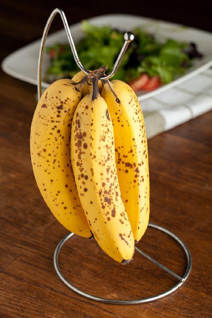 Anti-Ripening Tips & Tricks for Bananas, hanger