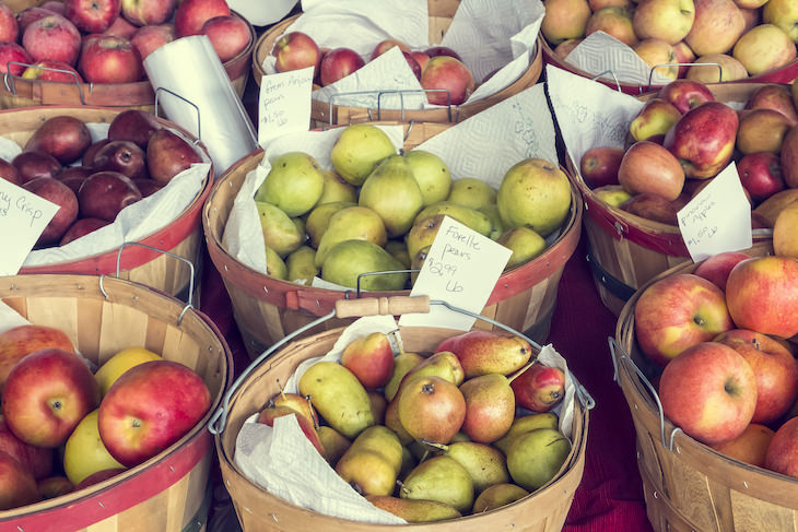 Guide: How to Pick the BEST Fruits and Veggies, apples and pears