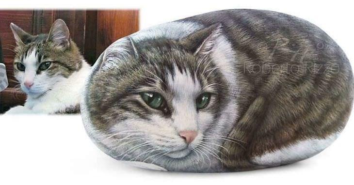 Roberto Rizzo Turns Rocks Into Amazing Animals Art cat