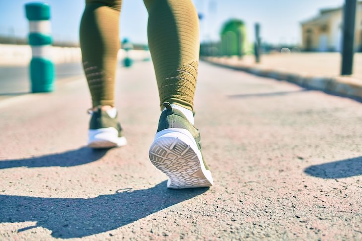 Walking Backwards: Health Benefits & How to Start, walking