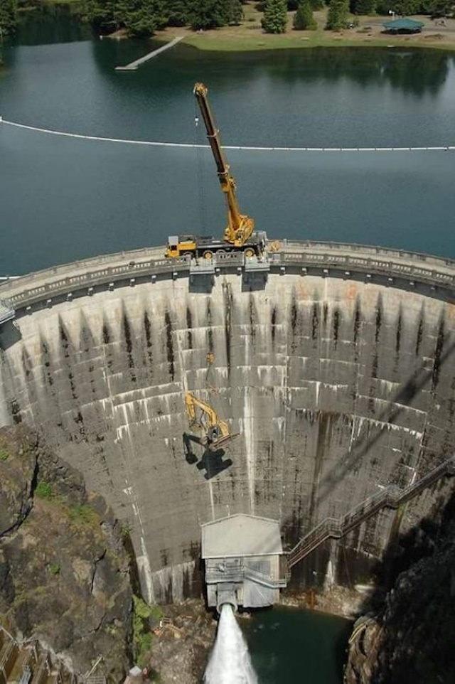 Work Safety Fails dam