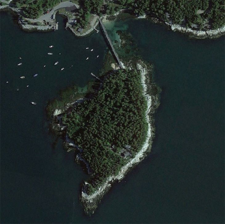 Google Earth images, private island on the coast of Maine