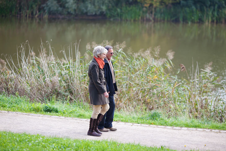 Safe Exercises To Do When Recovering From Covid-19 walking