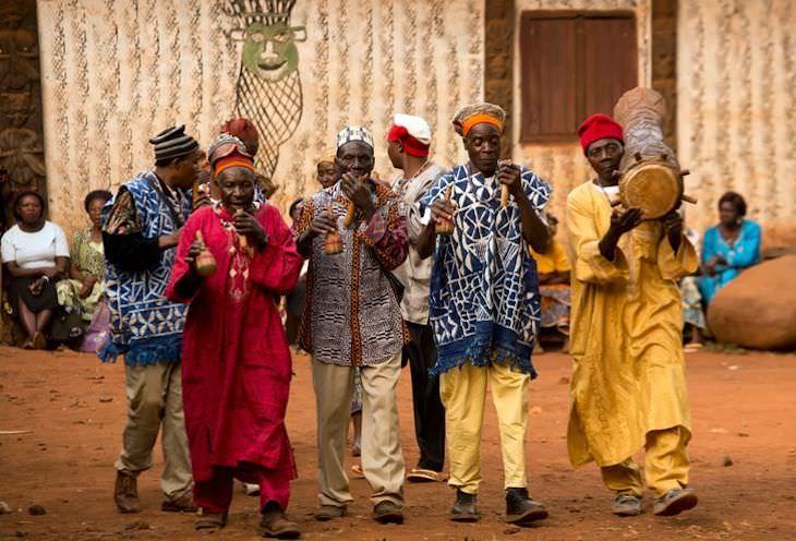 Captivating Shots of Cameroon by Ziya Atkurer