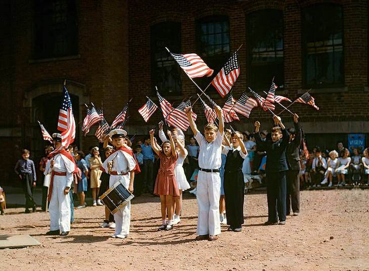 Historic Photos Depicting 1940s US in Vivid Color Children stage a patriotic demonstration