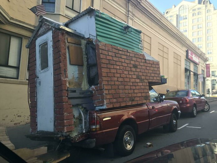 Funny Fixes house on the wheels