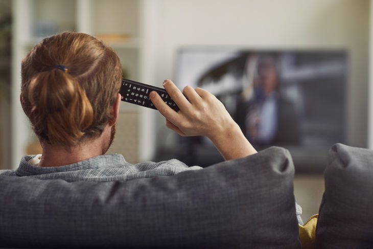 How to Recognize and Overcome Avoidance Behavior watching tv