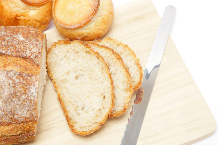 5 Unexpected and Effective Ways To Remove Stains bread