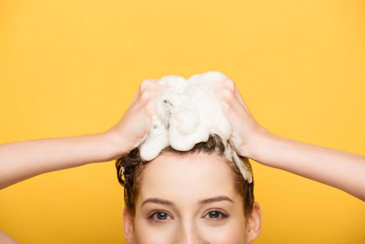 Homemade Shampoos washing hair