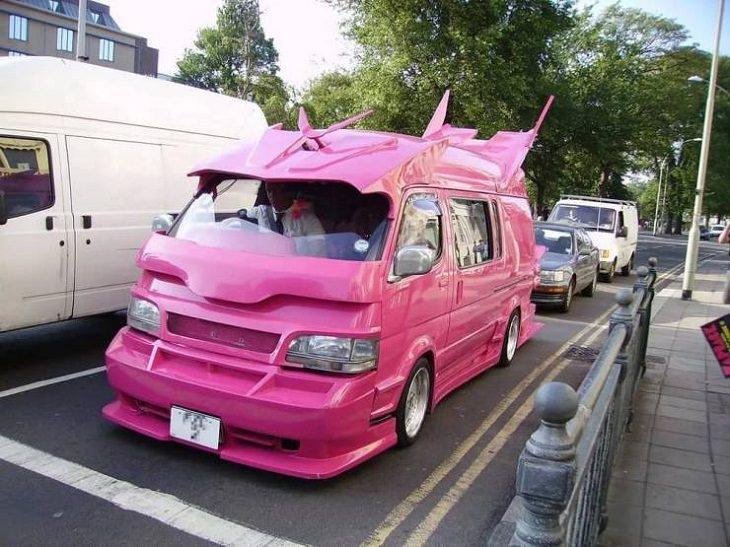 Weird Cars, pink