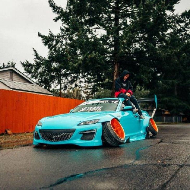 Weird Cars, tires