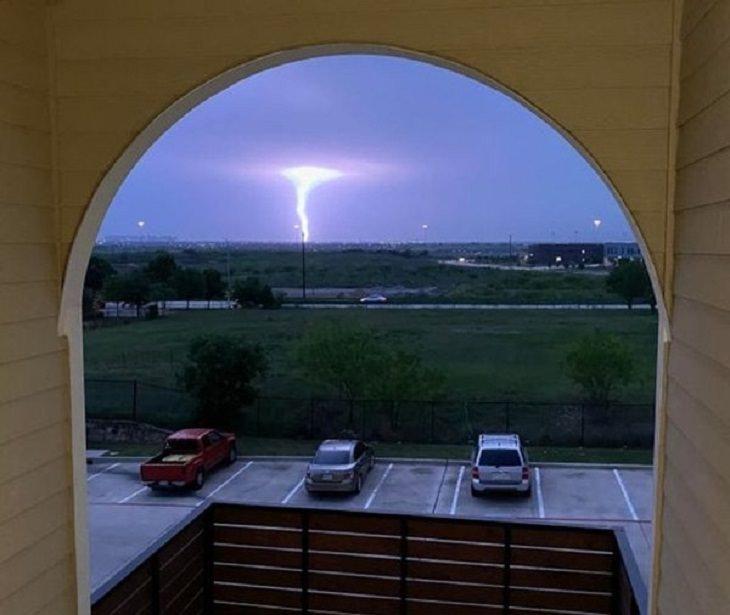 Nature Pics, tornado