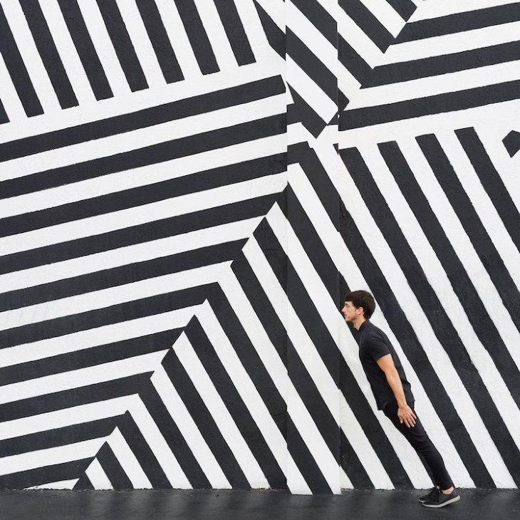 Daniel Rueda and Anna Devís photography stripes