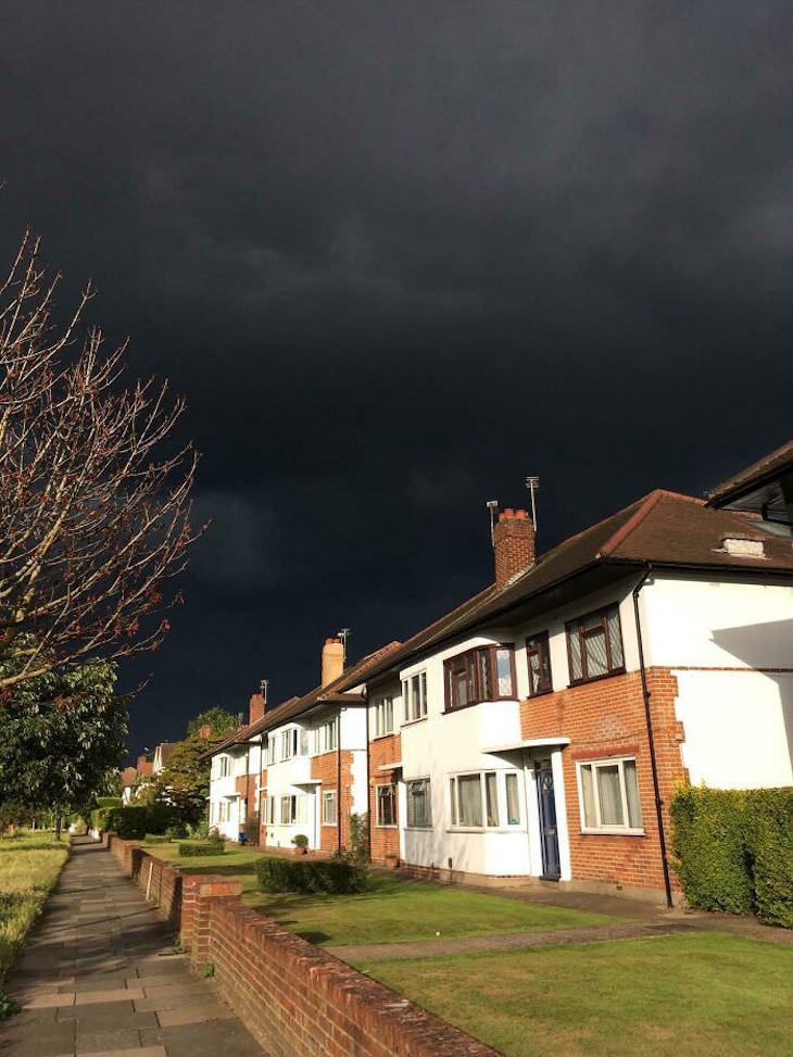 17 Times Extreme Weather  Ruined People's Day cloudy day in UK