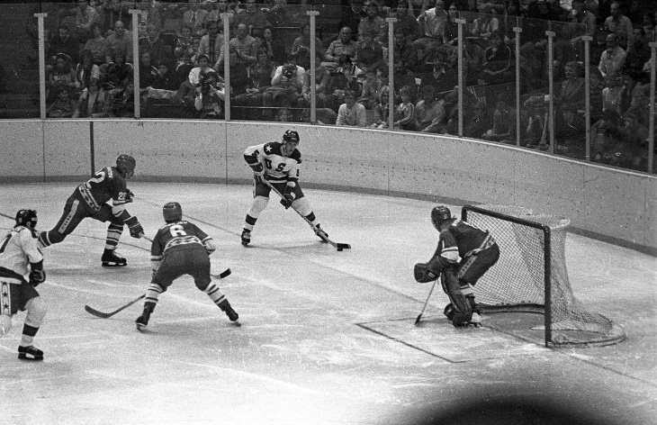 """Olympic Athletes Who Sold Their Medals  """"Miracle on Ice"""" hockey team"""