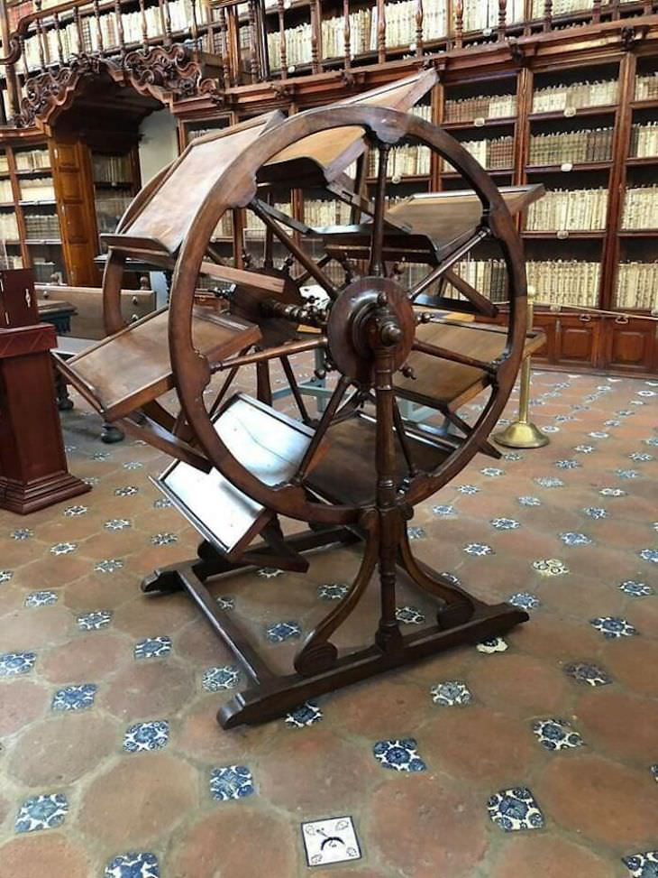 Beautiful and Unique Antique Items library tool