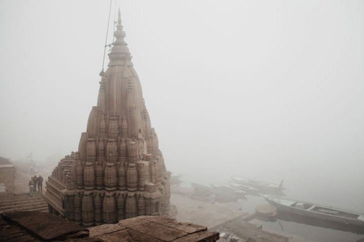 India in Pictures, old temple