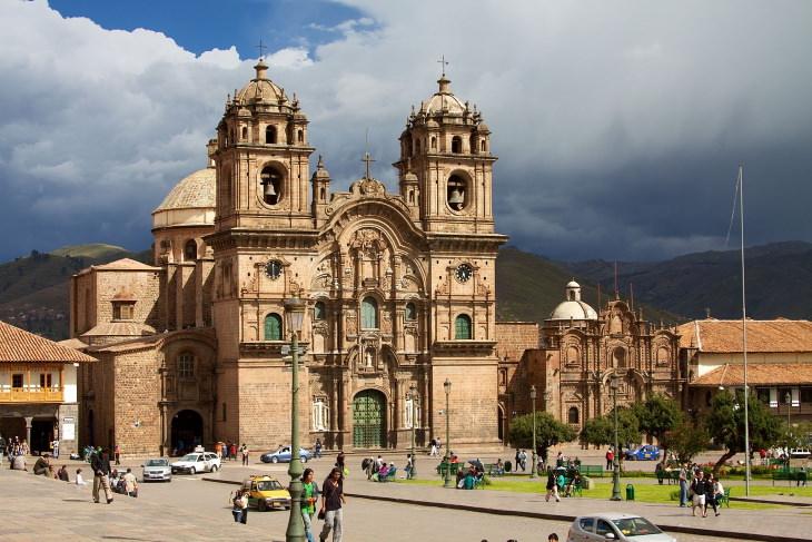 Colonial Architecture Iglesia de la Companía de Jesús, Cusco, Peru