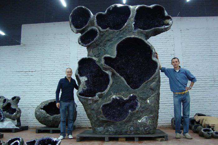 Thelargest amethyst geode in the world