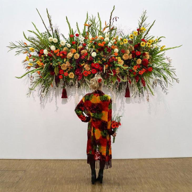 Matchwithart Outfits Matching Paintings Flowers For Africa byKapwani Kiwanga(2013)