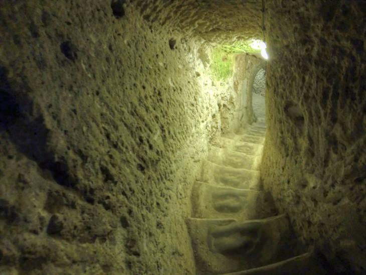 staircase down Derinkuyu underground city