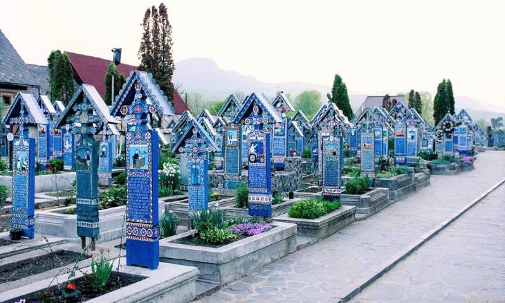 Cimitirul Vesel, the Merry Cemetery in Romania