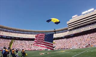 US Navy Seals Skydive into Neyland Stadium