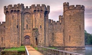 10 Beautiful Medieval Castles.