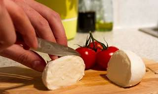 Easy Homemade Mozzarella Recipe