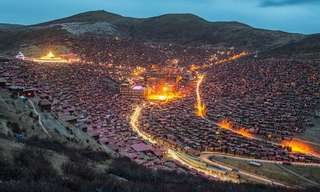 A Town in Tibetan China, Filled with Only Monks