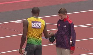These Athletes Show What True Sportsmanship is All About!