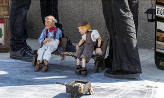 The 10 Most Incredible Street Puppet Shows