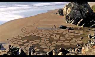 Grains of Sand Become a Masterpiece - Incredible!