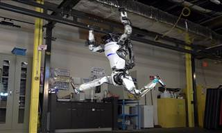 Wow! This Robot Acrobat Is More Mobile Than ANY Human