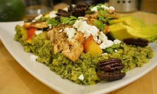 Superfoood Delight: Chicken Quinoa Salad