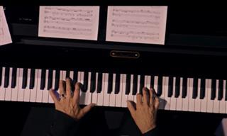 Ludovico Einaudi - A Beautiful Classical Music Performance