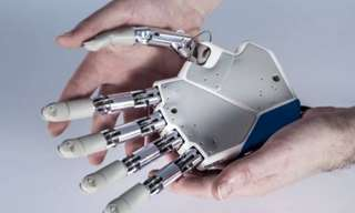Breakthrough: The Bionic Hand that Actually Feels!