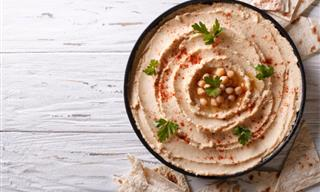 This is How You Make Delicious Home-Made Hummus