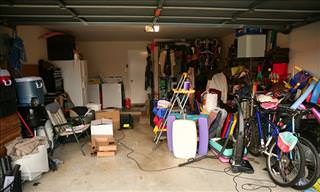 7 Clear Signs of Hoarding