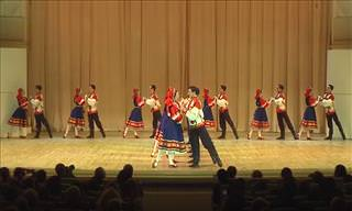 A Beautiful Russian Folk Dance