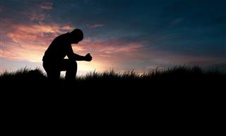 These 8 Short Prayers Help Bring About Peace Within Me