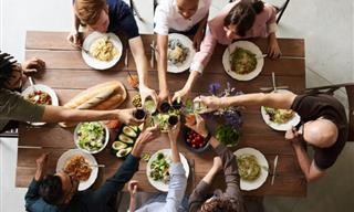 Your Next Dinner Hosting Will Be a Breeze With These Tips