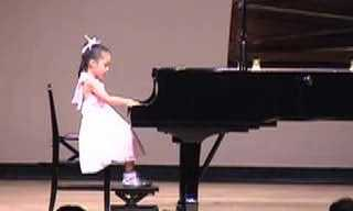 An Incredible Piano Player at 6 Years Old!