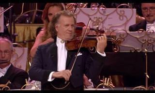 André Rieu Plays a Magnificent Funiculi Funicula!