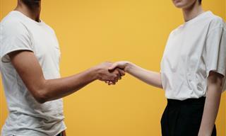 How to Avoid Body Language Pitfalls